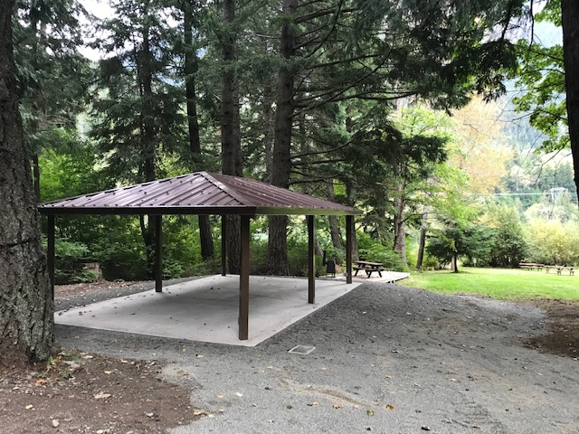 Gates Lake Park shelter